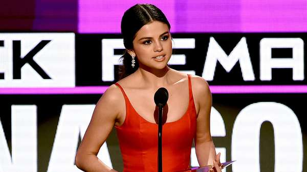 Selena Gomez Will Make You Cry With Her AMAs Speech