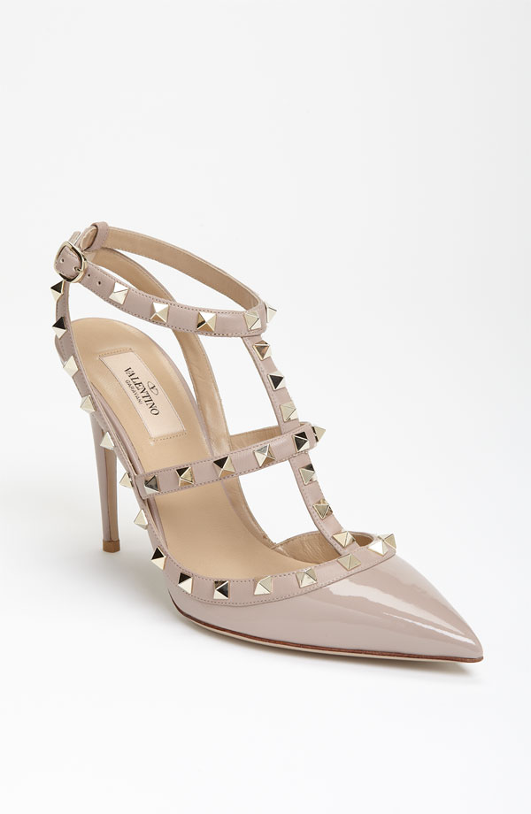 607fe0c8bb2 Want to Know the Secret To Walking Well In Heels