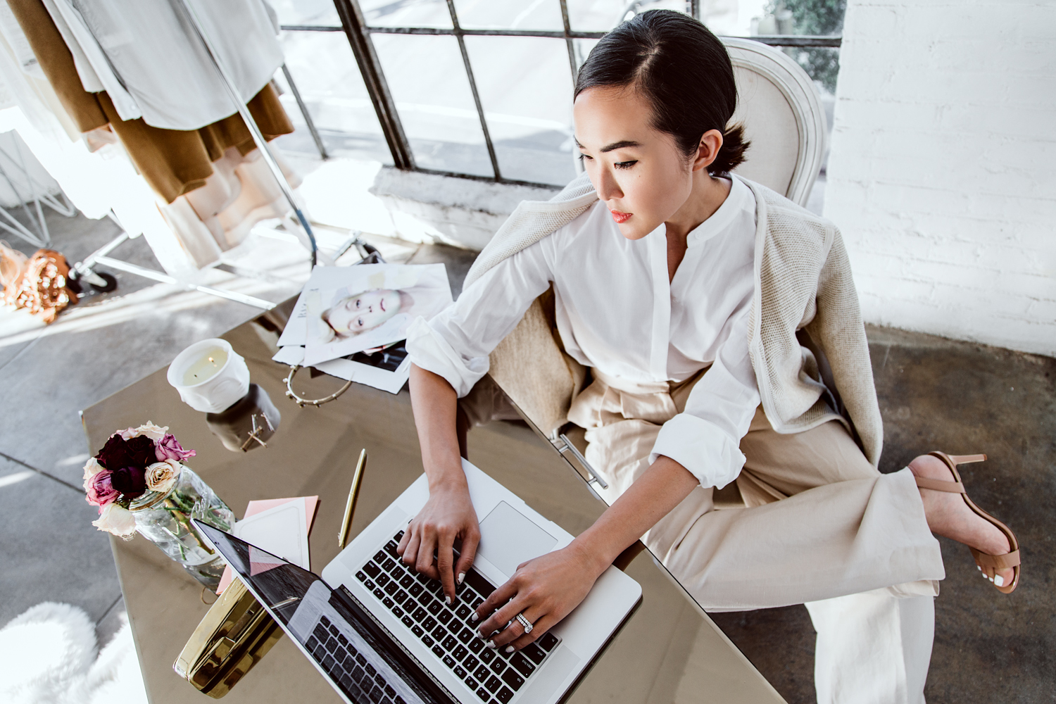 Invest Like a Woman: A Go-Getter's Guide to Financial Feminism
