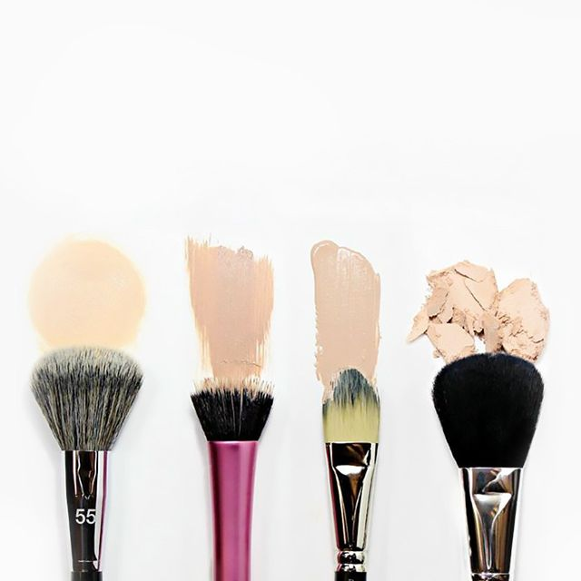 How to Clean Your Makeup Brushes According to The Experts
