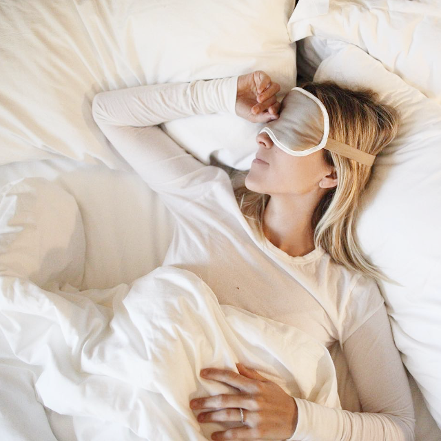 10 Bedtime Habits Women With Great Skin Swear By