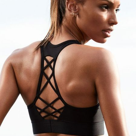 20 Crazy Hot Sports Bras for Fitness Lovers