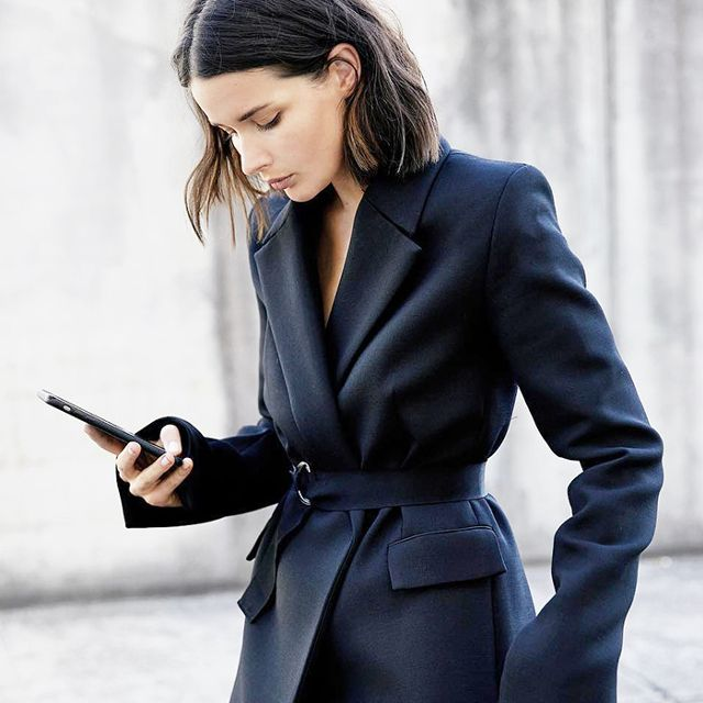 5 Financial Habits Every Successful Woman Follows