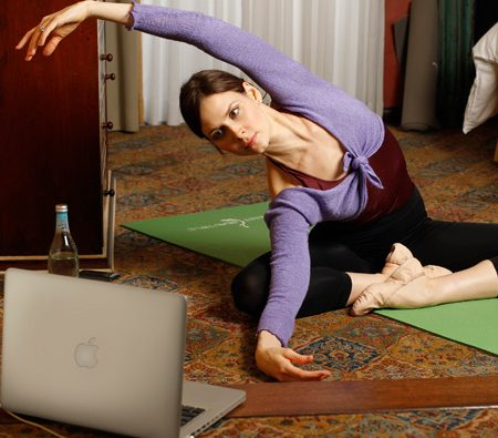 The Ultimate Hotel Room Workout for Women: Streaming from Ballet Beautiful
