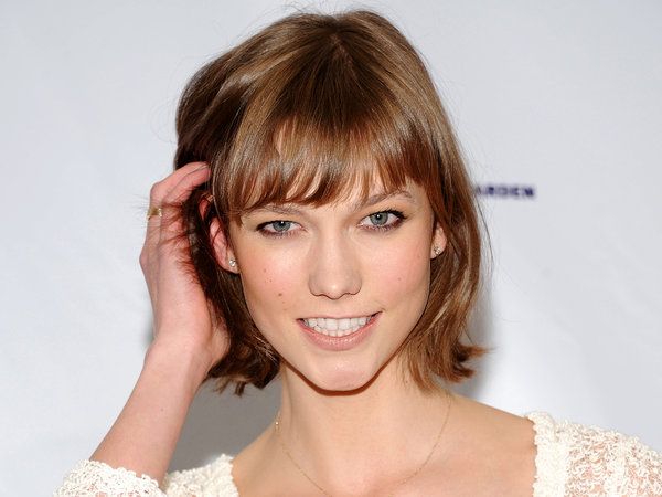 35 Best Short Hairstyles For Older Women.